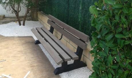 Remodelación de jardín a bajo mantenimiento en Leache