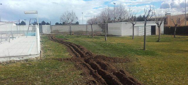 Adjudicada la reestructuración de la zona verde y riego de las piscinas de Fustiñana