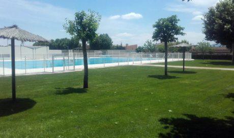 Reestructuración de zona verde y riego de las piscinas de Fustiñana